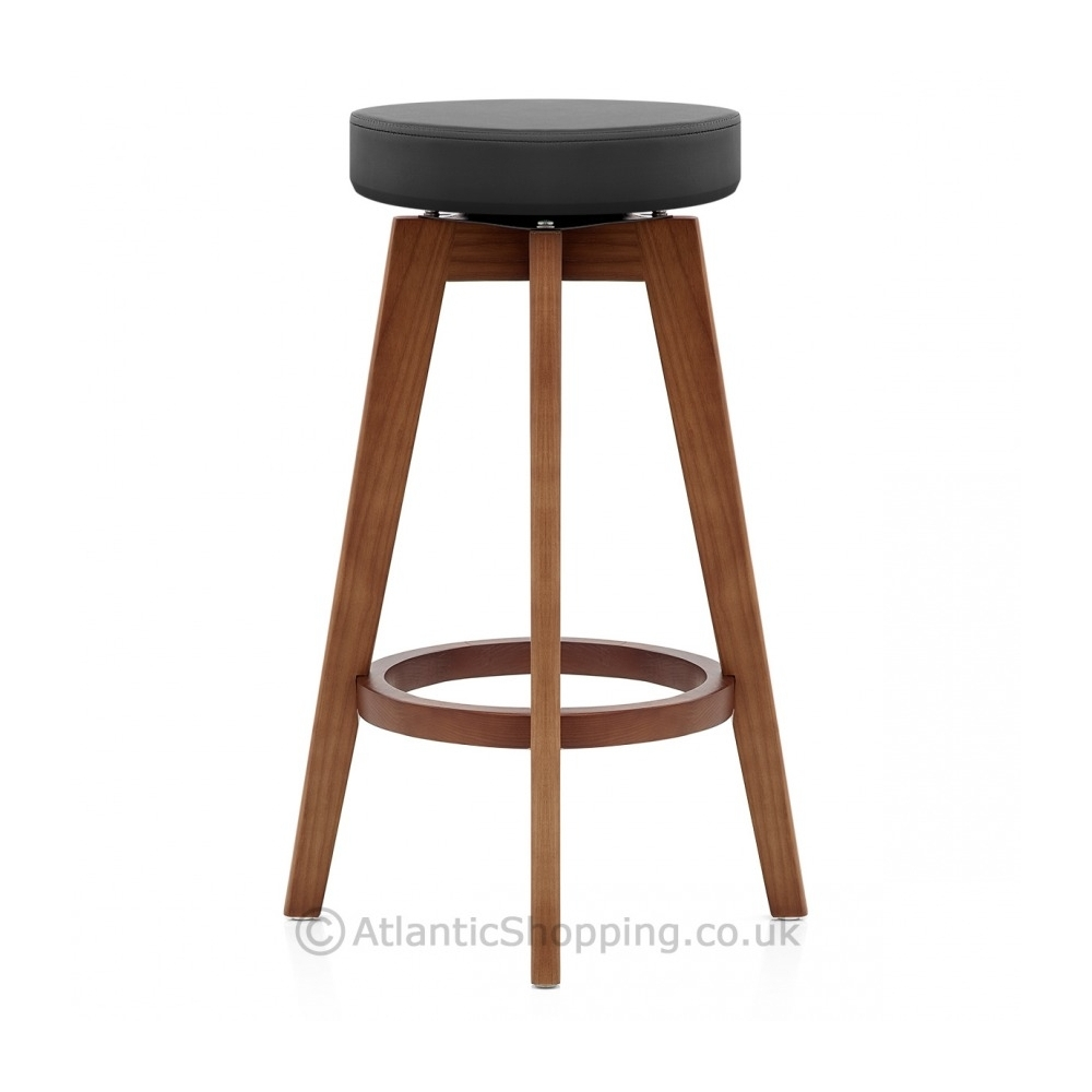 tabouret de bar bois et cuir. Black Bedroom Furniture Sets. Home Design Ideas